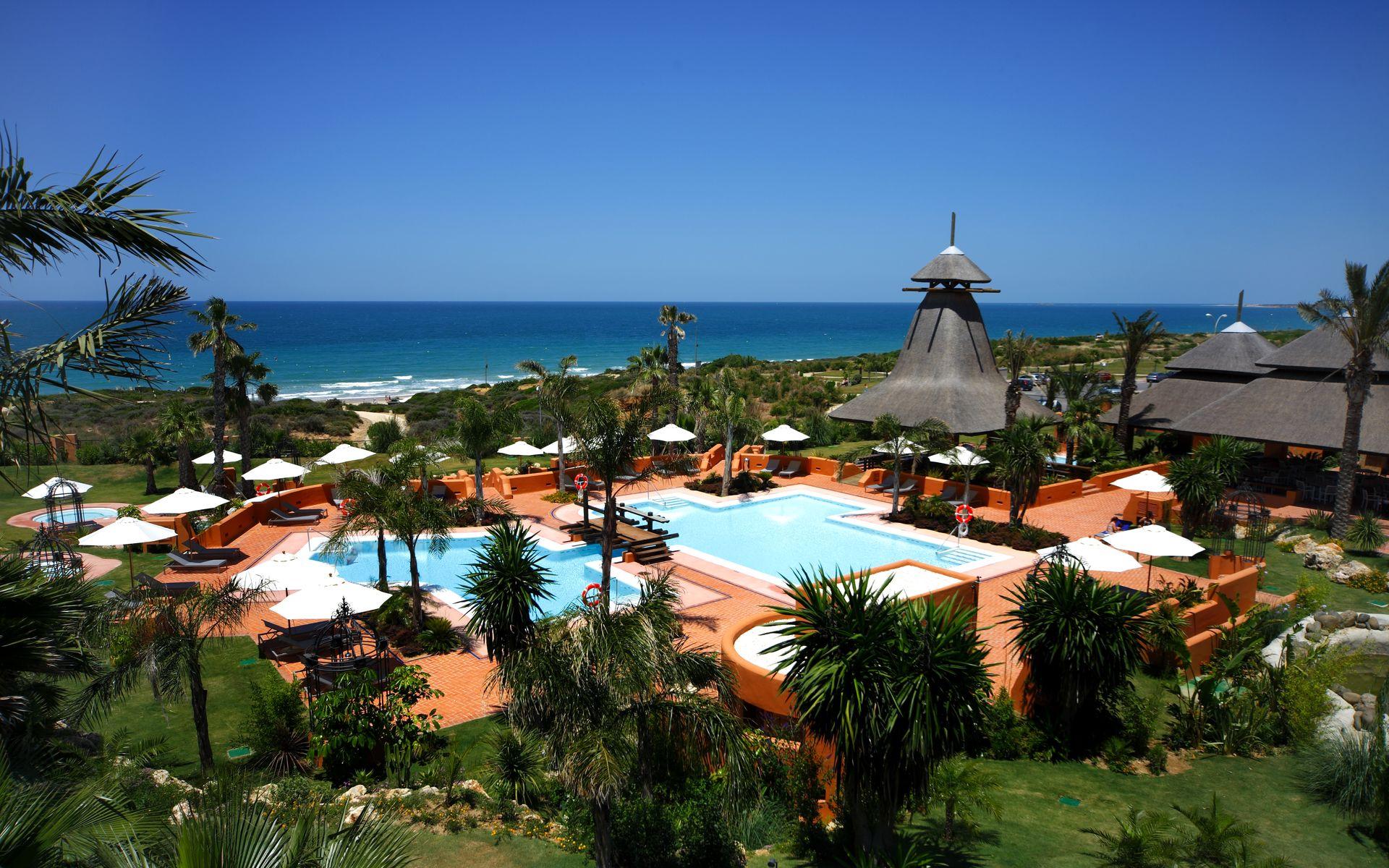 barcelo-sancti-petri-relax-en-cadiz-piscinas